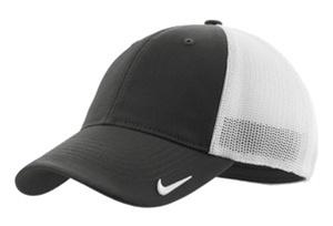 04c6d7023 429468 Nike Golf - Mesh Back Cap